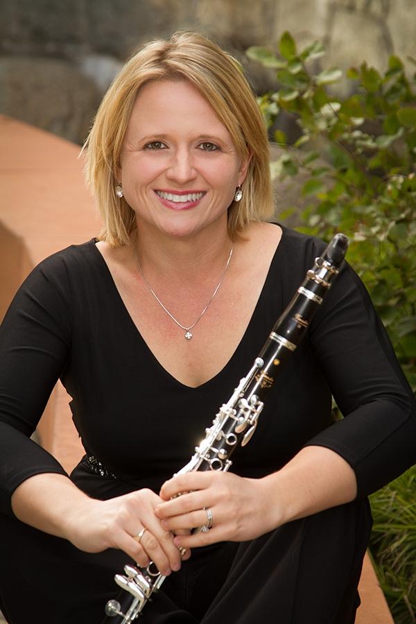 Myroslava Hagen (clarinet)