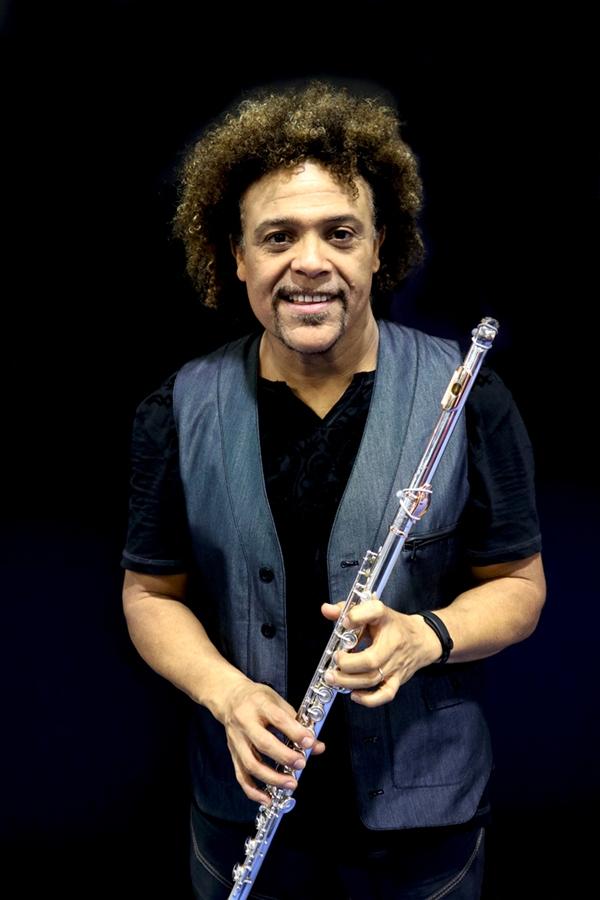 Pedro Eustache (flute)